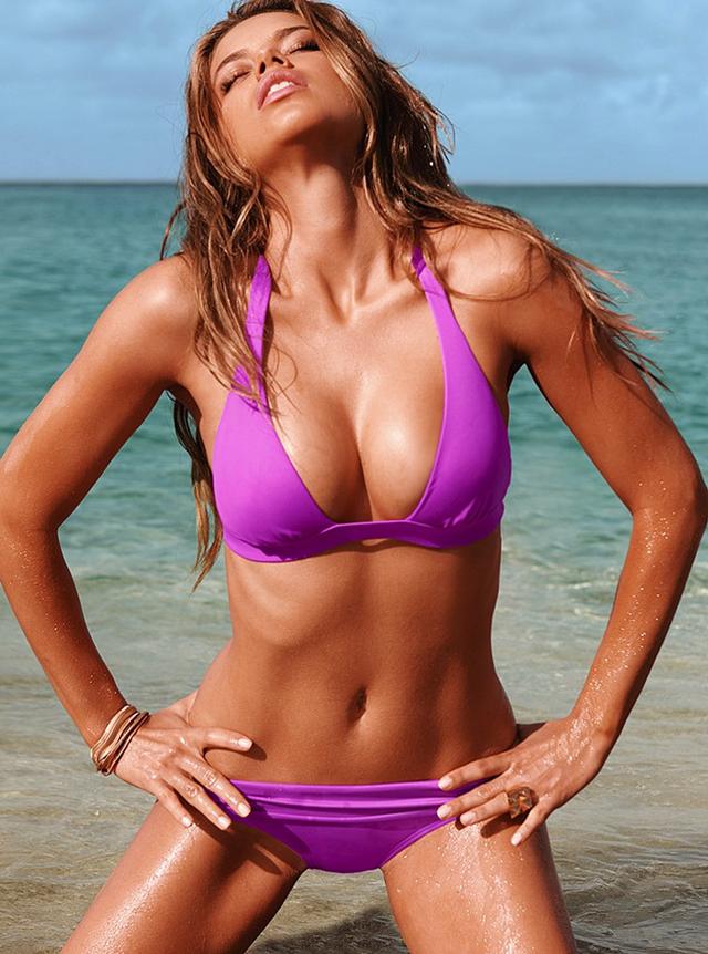 Adriana Lima bikini